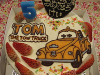 TOMのイラストケーキ!
